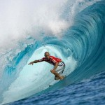 Kelly Slater surfing 3